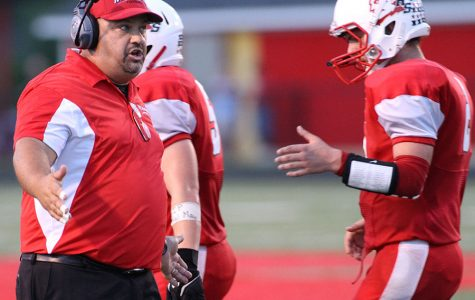 Lee resigns football position