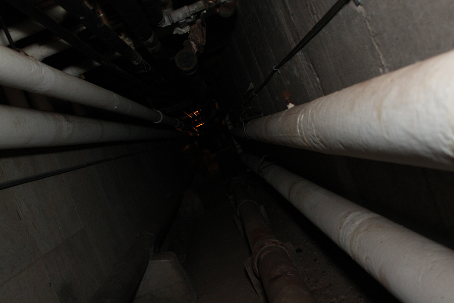 One of the many steam pipes that run under RHS in the tunnel system.