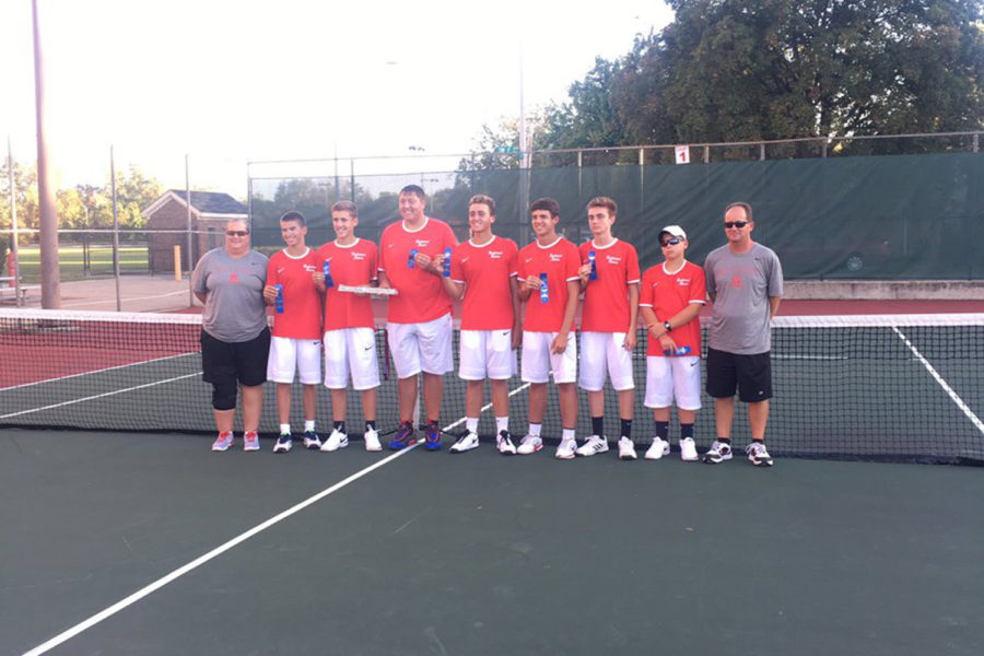 Boys tennis wins fourth straight Regional; ready for Semi-State